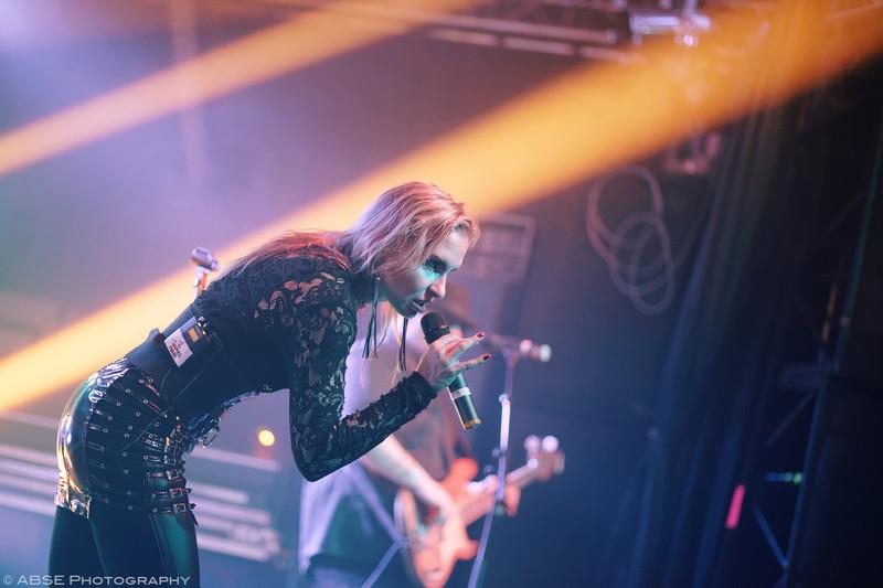 http://music.absephotography.com/wp-content/uploads/2016/01/luciferian-light-orchestra-heavy-metal-hard-rock-munich-2016-06-800x533.jpg