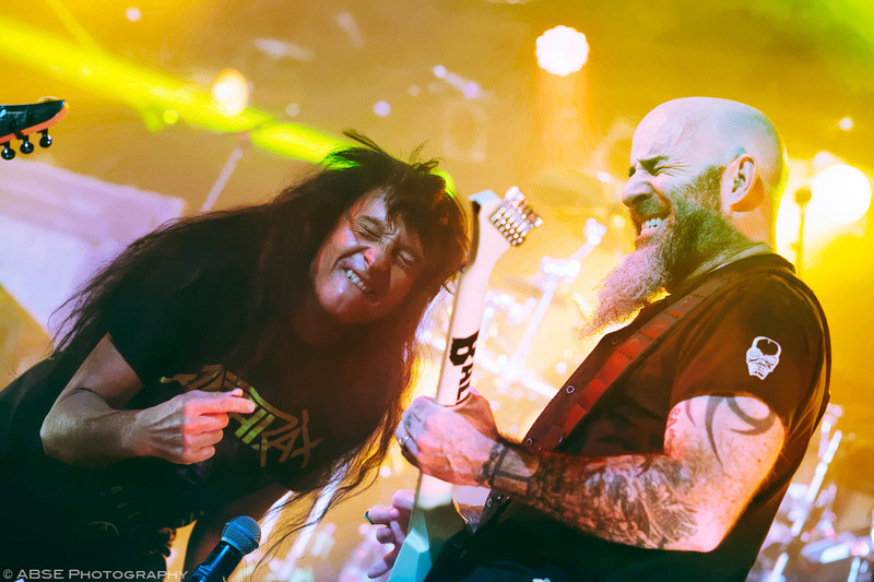 http://music.absephotography.com/wp-content/uploads/2017/02/among-the-kings-2017-anthrax-backstage-werk-munich-016-heavy-trash-speed-groove-metal-800x533.jpg